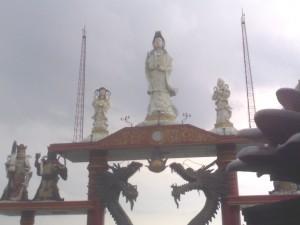 Gerbang Belakang Klenteng Sanggar Agung Surabaya